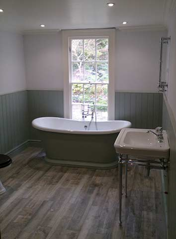 bathroom fitting Builders Bath